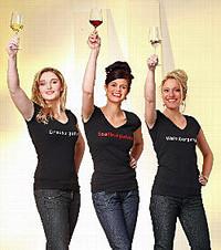 Das Pinot Trio: weinkönigin Mandy Großmann (Mitte) mit den Weinprinzessinnen Katja Bohnert und Melanie Unsleber