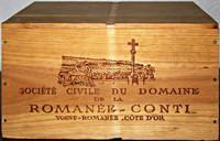 Holzkiste mit Logo-Aufdruck von Romanée-Conti