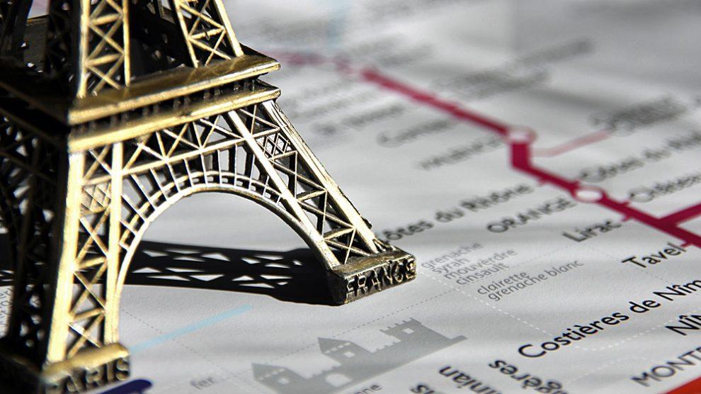 Neue Karte der franzoesischen Weinanbaugebiete in Form eines Metrofahrplans