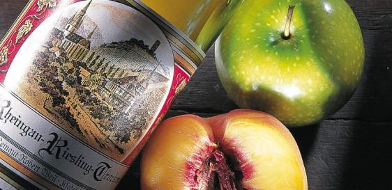 Pfirsich- und Apfelaromen im Riesling