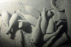 170 Jahre ruhten diese Champagnerflaschen auf dem Meersgrund