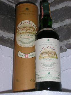 Lagavulin 12yo 1970/1983 – White Horse Cream Label Montenegro Zola, 43%