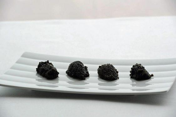 Vier unterschiedliche Kaviar-Qualitäten