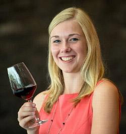Weinprinzessin Sabine Wagner | Foto: © DWI