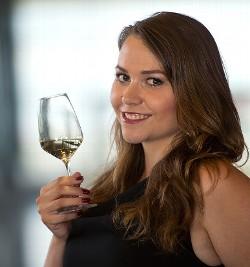 Weinprinzessin Ramona Diegel | Foto: © DWI