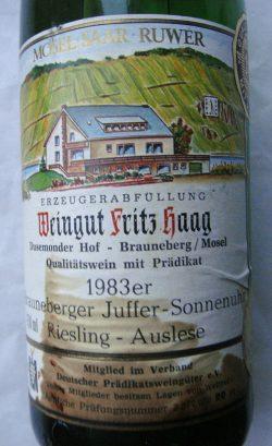 1983 Brauneberger Juffer-Sonnenuhr Riesling Auslese Goldkapsel | Weingut Fritz Haag