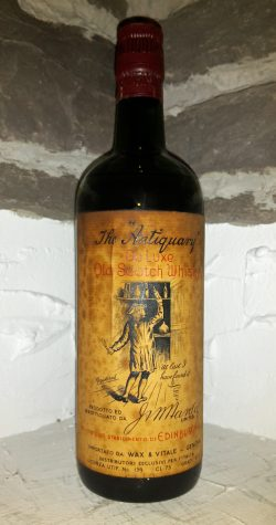 The Antiquary ~1950er De Luxe Old Scotch 0,75L - 43,5%