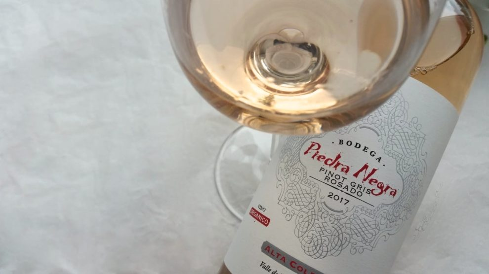 Piedra Negra Rosé Flasche mit Glas