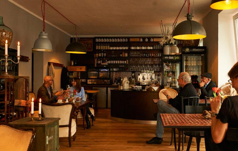 Die Weinbar Rheinton in Düsseldorf von innen