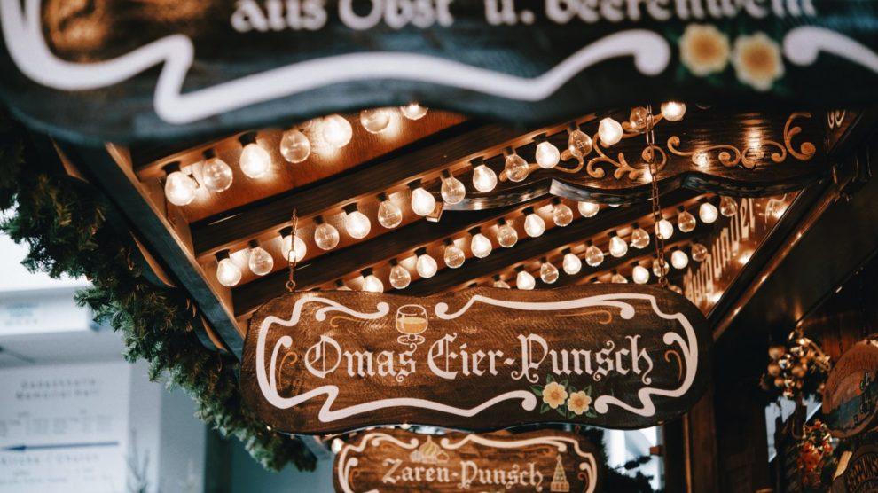 Weihnachtsmarkt Glühweinstand