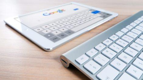 Tablet Computer mit Google Suche
