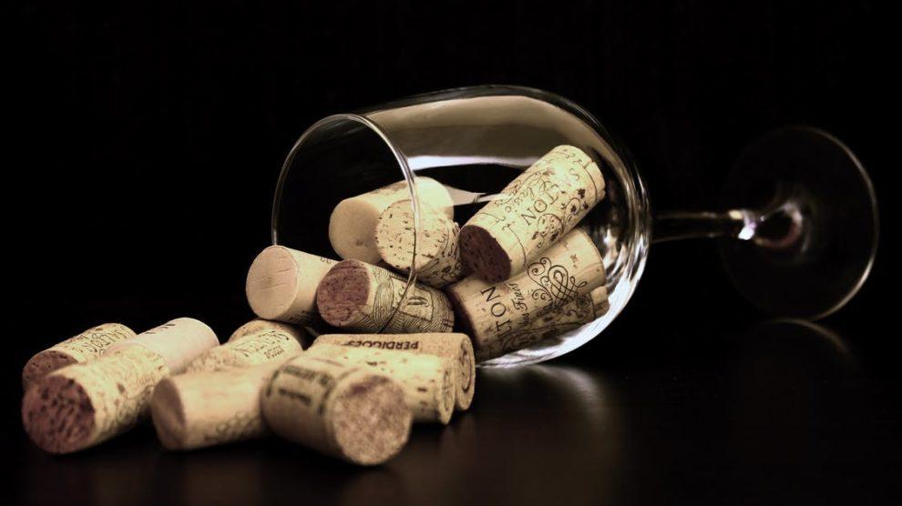Weinglas Korken