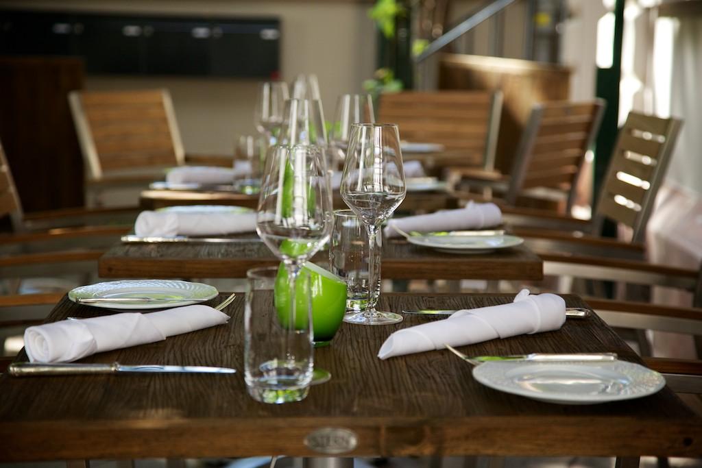 Weinbar Frankfurt Allgaiers Tisch
