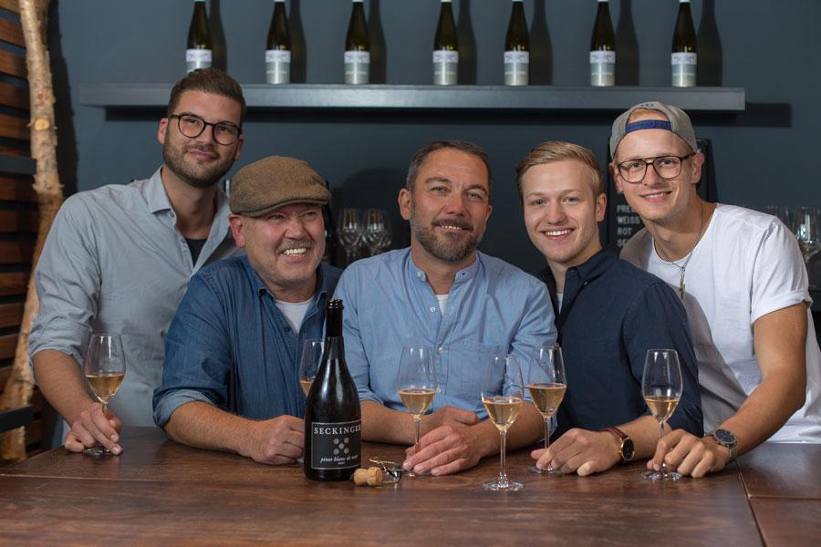 Weinbar Frankfurt Westlage Team
