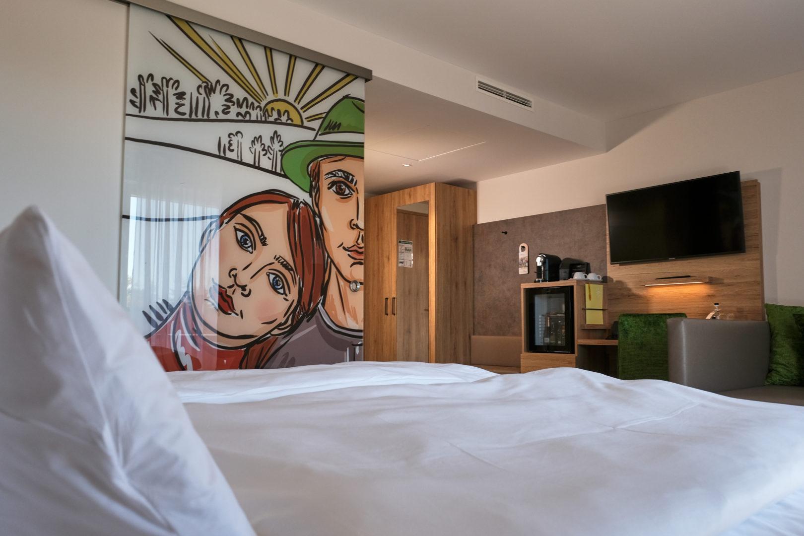 Moderne Zimmer mit zeitgenössischer Kunst